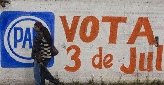 Mexico voters choose governor, give hints for 2012