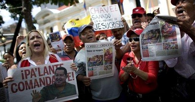 Chavez gets hero's welcome after cancer surgery