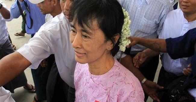 Suu Kyi travels into Myanmar's countryside