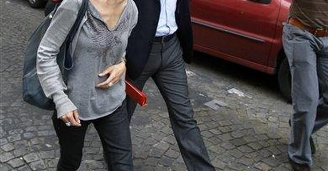 Writer files assault charge against Strauss-Kahn