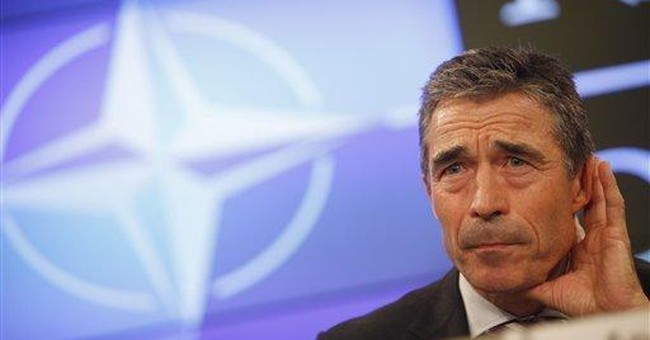 NATO denies trying to aid Libyan rebels' advance
