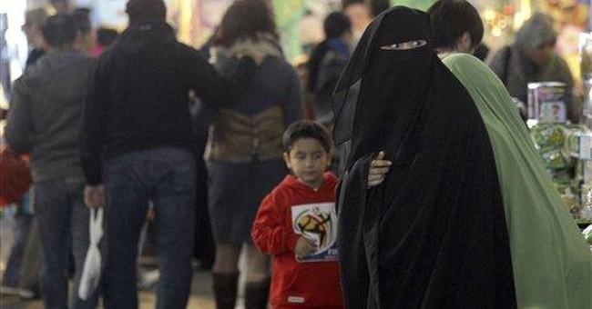 New Australian law to make Muslims lift veils