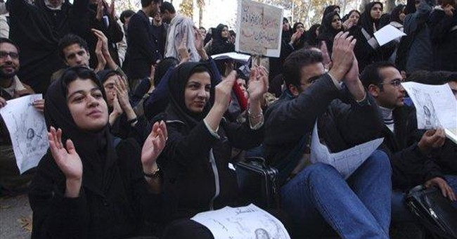 Ahmadinejad to Iran's rulers: Keep coed colleges