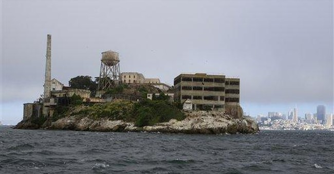 Alcatraz at night offers eerie experience