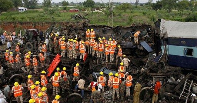 Rescue work ends after Indian train wreck kills 68