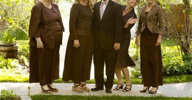 'Sister Wives' stars challenge Utah bigamy law