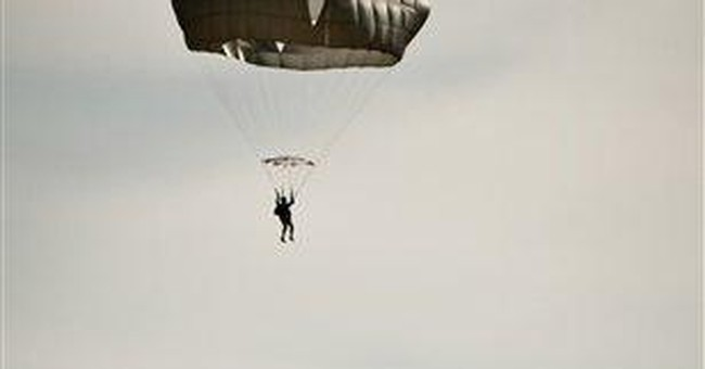 Army suspends use of new square-shaped parachute