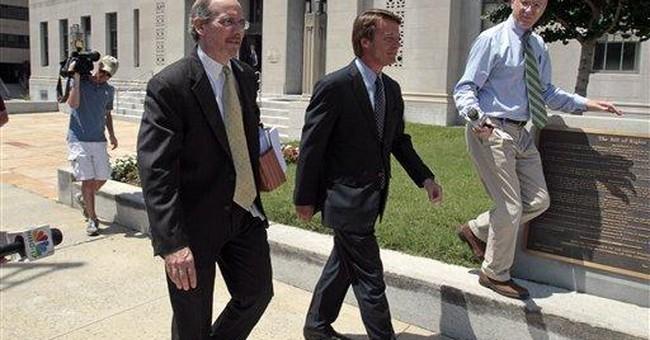 Tentative October trial date set for John Edwards