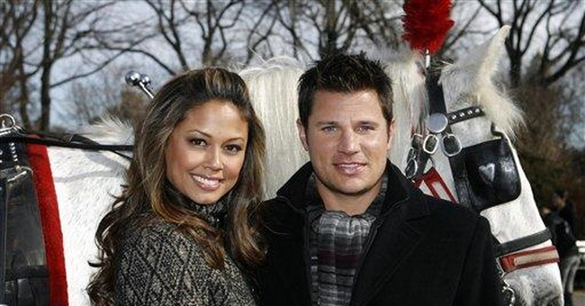 Vanessa Minnillo and Nick Lachey are married