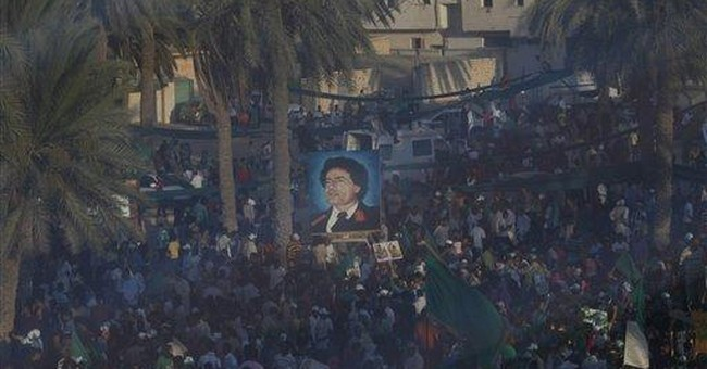 Gadhafi rallies the troops against the world