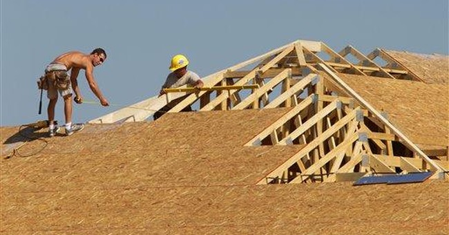 US builders' outlook rises after hitting 2011 low