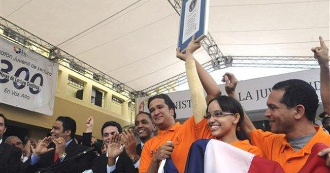 5 Dominicans break record for continuous reading