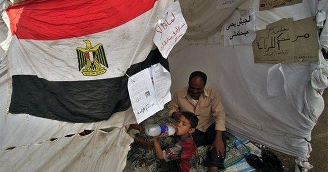 Searing heat newest challenge for Cairo protesters