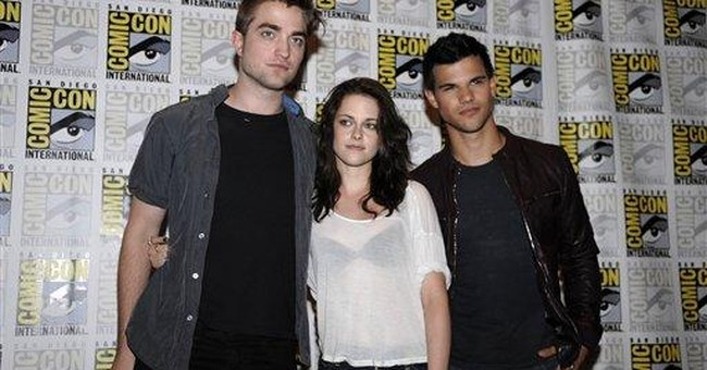 Comic-Con fans eavesdrop on 'Twilight' honeymoon