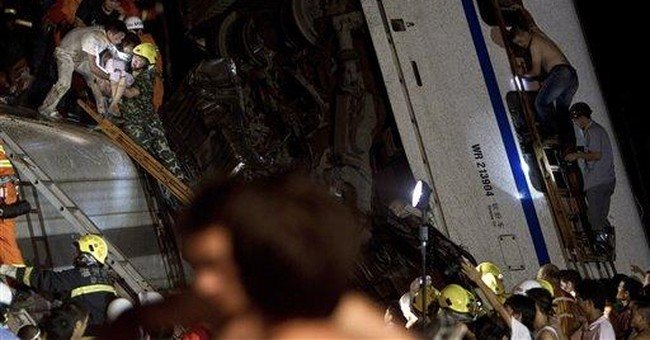 Toddler found alive in rubble of China train crash