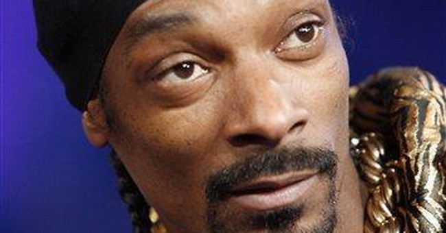 Snoop Dogg launches youth football in Chicago