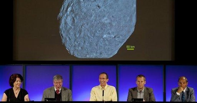 Scientists stunned by surface of asteroid Vesta