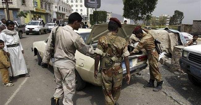 Yemeni troops, tribal fighters clash in capital