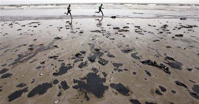 India coast guard cleaning oil leak off Mumbai