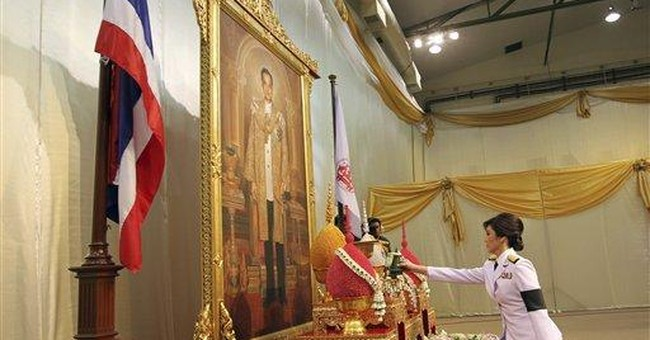 Thaksin's sister becomes Thailand's first woman PM