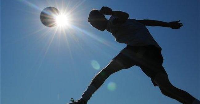 Pediatricians: Sports in heat OK with precautions