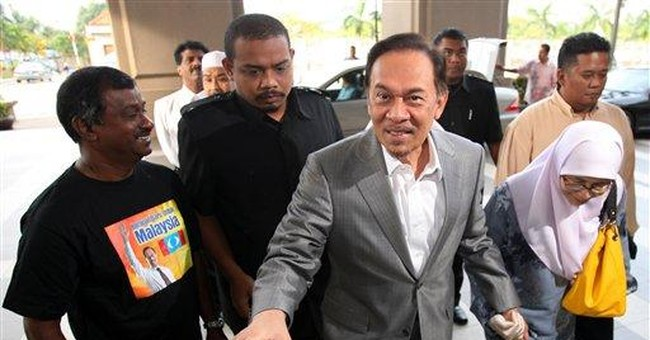 Anwar defense lawyers to interview Malaysian PM