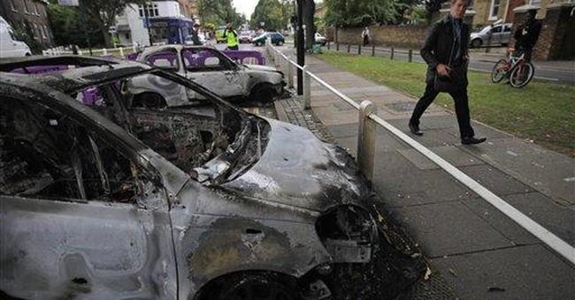 Social media used to spread Britain's riots