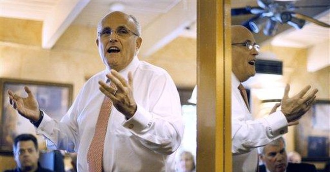 AP sources: Giuliani courts top NH operatives