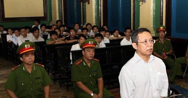 Vietnam jails French-Vietnamese teacher over blogs