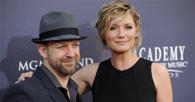 Sugarland tour resumes after stage tragedy