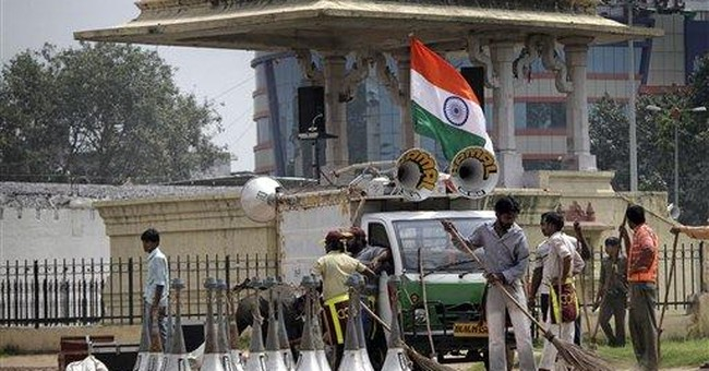 Indian anti-graft crusader agrees to 15-day fast