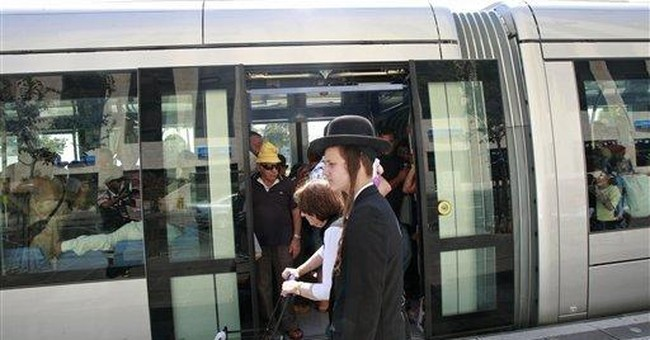 Israeli light rail finally rolls in Jerusalem