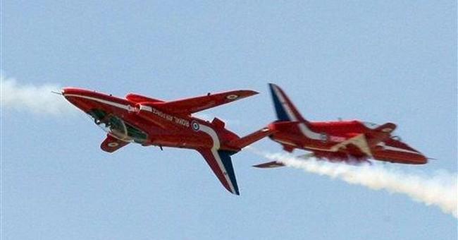 Pilot dies as Red Arrows stunt team jet crashes