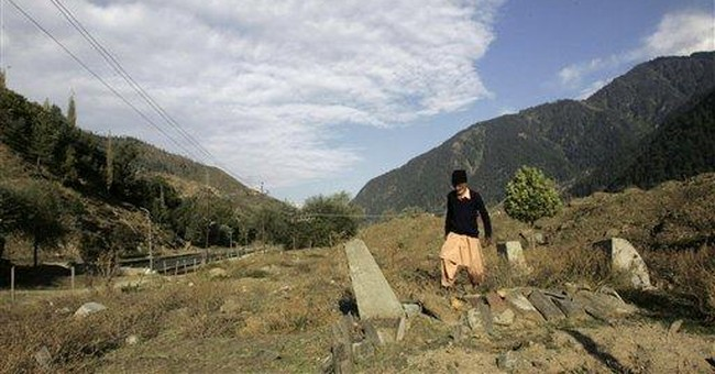 Rights group asks India to probe Kashmir graves