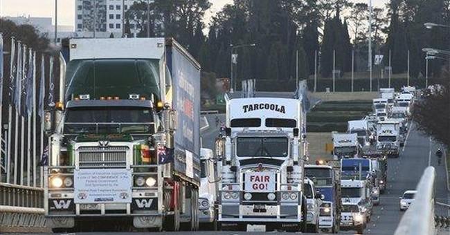 Australia convoy of 100s demanding new elections