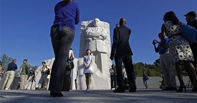 Somber mood at King memorial's opening in DC