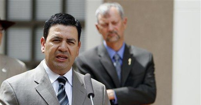 Court asked to stop immigrant license checks in NM