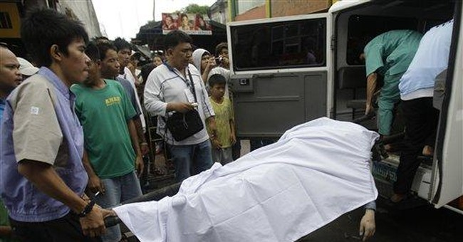 10 dead after strong typhoon hits Philippines