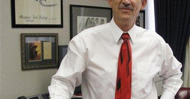 School superintendent gives up $800k in pay