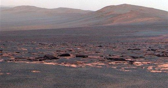 Mars rover Opportunity studying new surroundings
