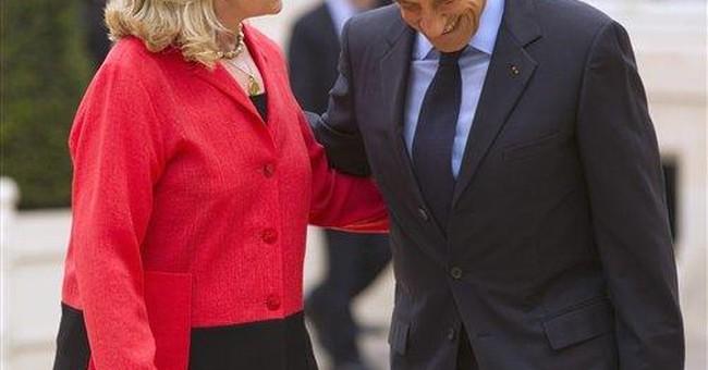 Clinton: Libyan rebels must secure Gadhafi weapons