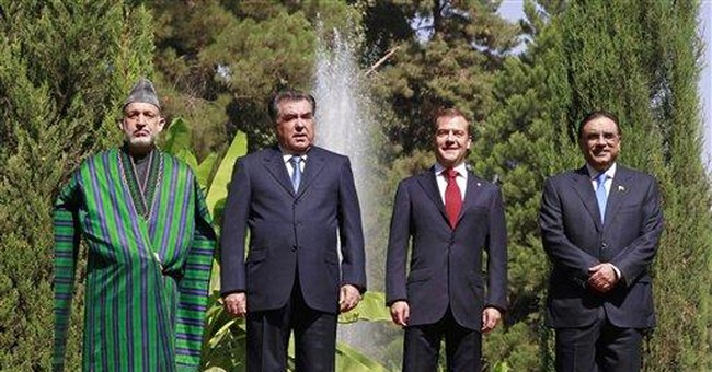 Medvedev urges regional solution to Afghan issues