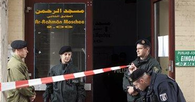 German police detain 2; search Islamic center