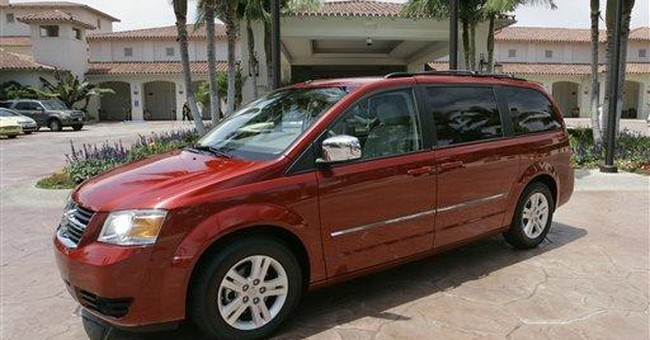 Feds probe Chrysler minivan headlight failures