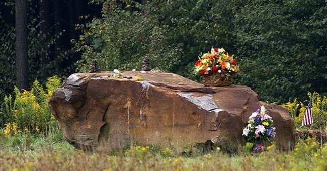 In Pa., somber funeral for remains from Flight 93