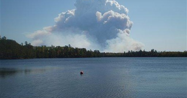 Minnesota forest fire spreads plume far and wide