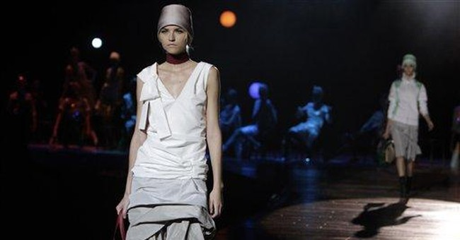 Marc Jacobs closes NY Fashion Week with dance hall