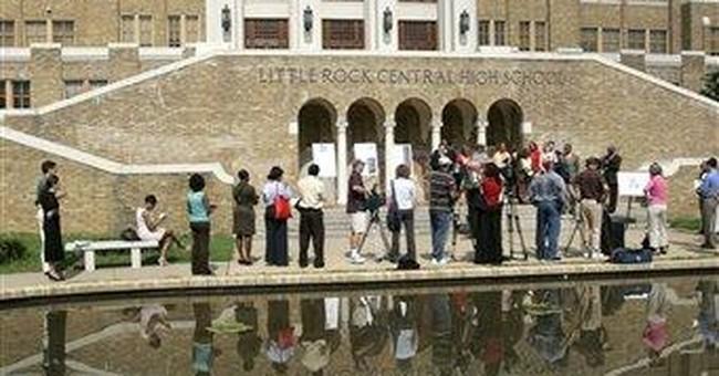 Little Rock desegregation plans go back to court