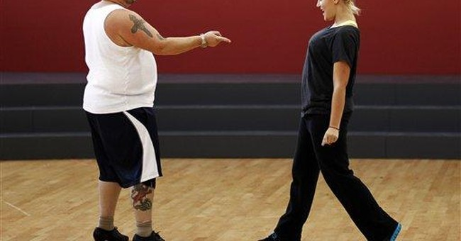 First celeb bounced from 'Dancing with the Stars'