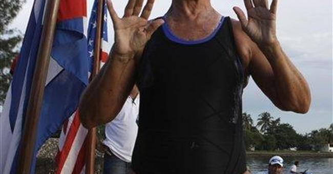 Nyad defies age, fatigue, jellies on marathon swim